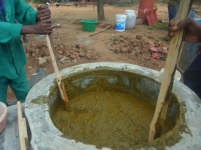 Mixing the feedstock to correct consistency